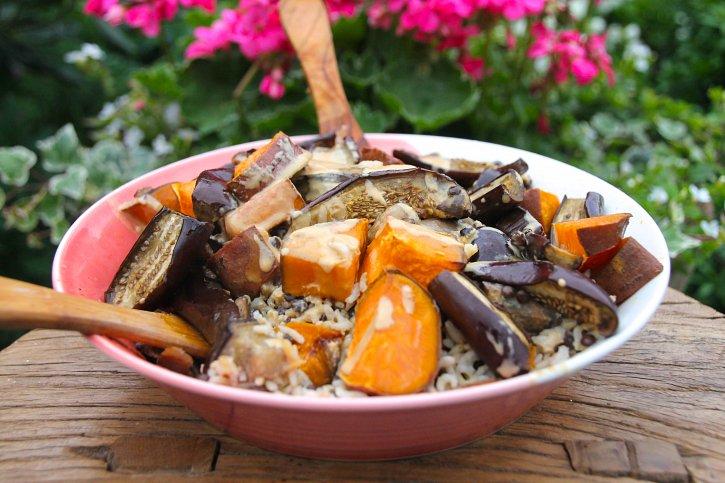 Garlic tahini infused brown rice bowl naturally sassy garlic tahini infused brown rice bowl ccuart Images