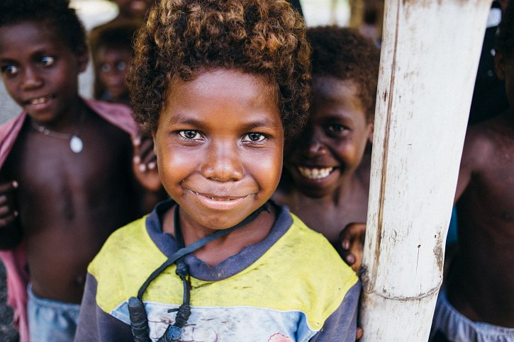 solomon-islands-boy-w725