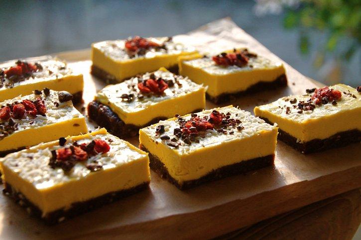 Mango Cheesecake Slices